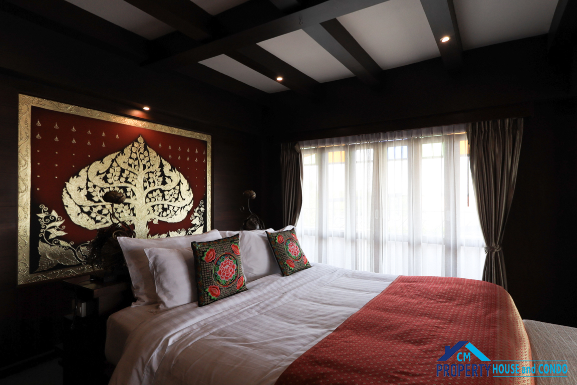 80 Sqm Lanna Style with Big jacucci Singha Montra Lanna Boutique Style Hotel for monthly rental , Service apartment Near old moat chiang mai